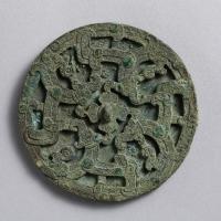 孔雀石象嵌透彫鏡-1