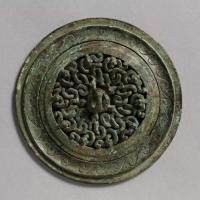 蟠螭紋透彫鏡-1