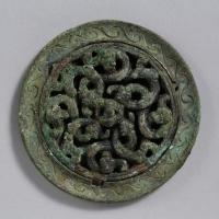 龍紋透彫鏡-1