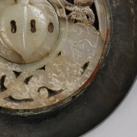 白玉象嵌獣紋鏡-2
